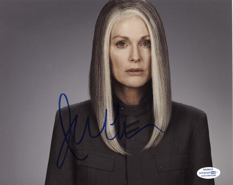 Julianne Moore Hunger Games Signed Autograph 8x10 Photo ACOA #19 - Outlaw Hobbies Authentic Autographs