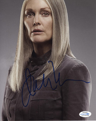 Julianne Moore Hunger Games Signed Autograph 8x10 Photo ACOA #20 - Outlaw Hobbies Authentic Autographs