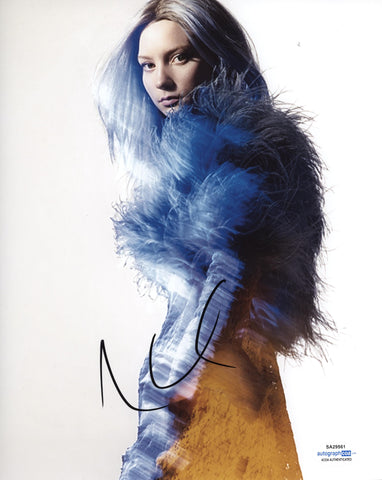 Mia Wasikowska Sexy Signed Autograph 8x10 Photo ACOA #12 - Outlaw Hobbies Authentic Autographs