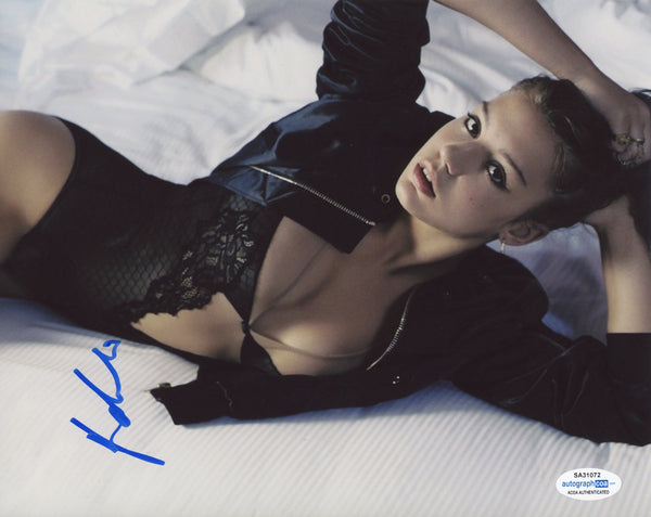 Adele Exarchopoulos Sexy Signed Autograph 8x10 Photo ACOA #3 - Outlaw Hobbies Authentic Autographs