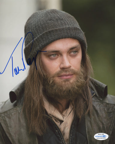 Tom Payne Walking Dead Signed Autograph 8x10 Photo ACOA #2 - Outlaw Hobbies Authentic Autographs