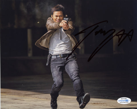 Tony Jaa Skin Trade Signed Autograph 8x10 Photo ACOA Authentic #14 - Outlaw Hobbies Authentic Autographs