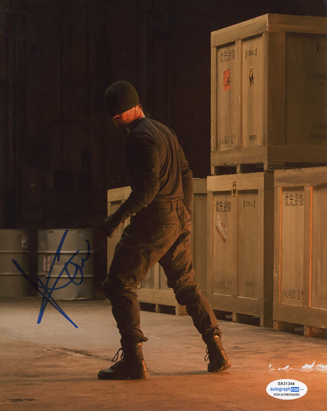 Charlie Cox Daredevil Signed Autograph 8x10 Photo ACOA #11
