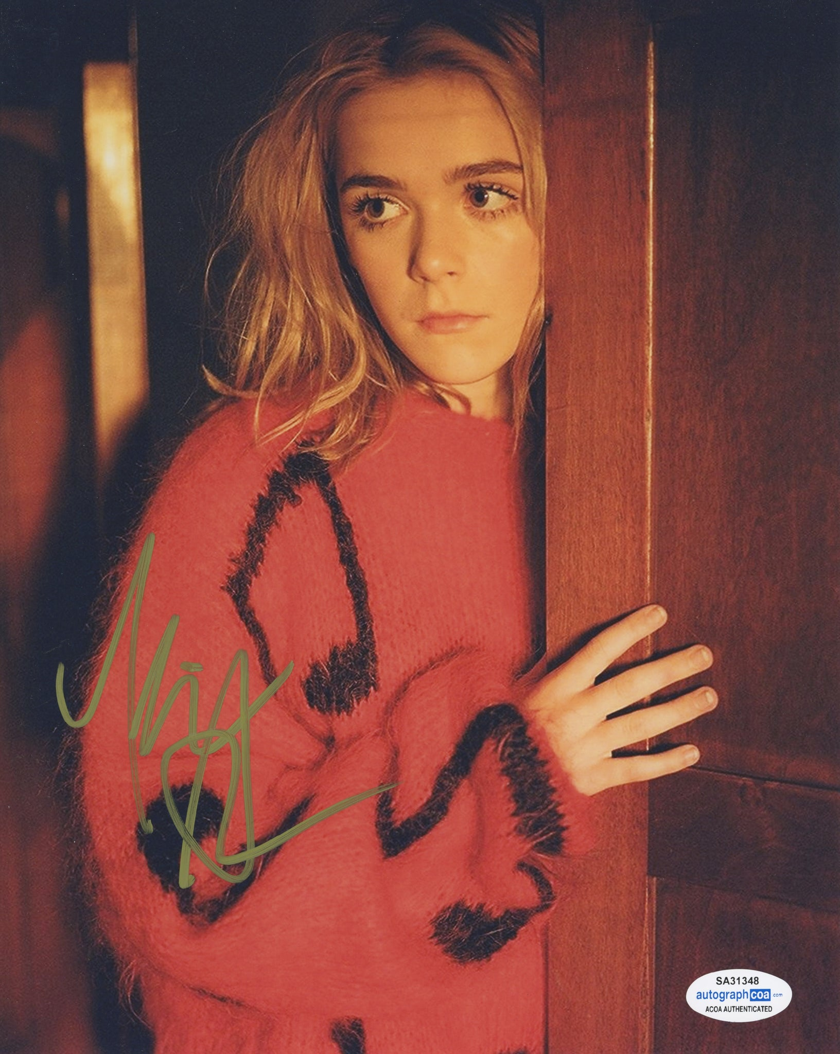 Kiernan Shipka CAOS Sabrina Signed Autograph 8x10 Photo #36 - Outlaw Hobbies Authentic Autographs