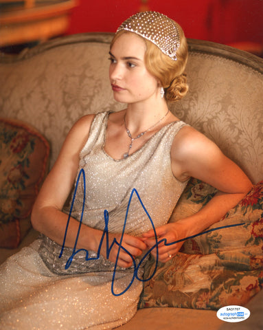 Lily James Downton Abbey Signed Autograph 8x10 Photo ACOA #28 - Outlaw Hobbies Authentic Autographs