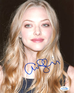 Amanda Seyfried Sexy Signed Autograph 8x10 Photo ACOA #5 - Outlaw Hobbies Authentic Autographs