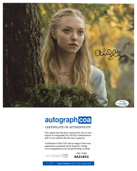 Amanda Seyfried Sexy Signed Autograph 8x10 Photo ACOA #8 - Outlaw Hobbies Authentic Autographs