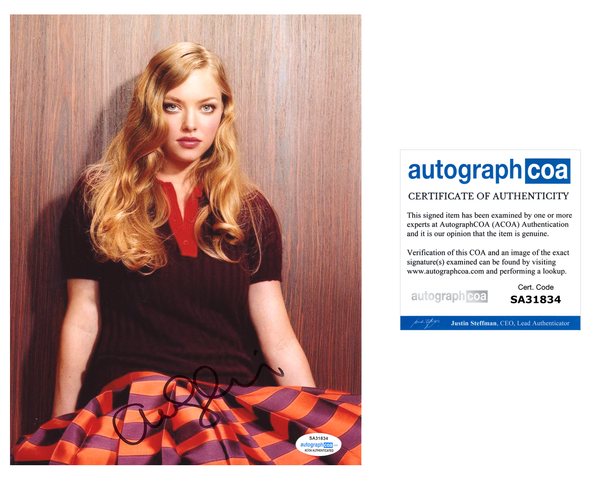 Amanda Seyfried Sexy Signed Autograph 8x10 Photo ACOA #10 - Outlaw Hobbies Authentic Autographs