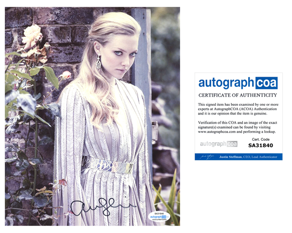 Amanda Seyfried Sexy Signed Autograph 8x10 Photo ACOA #16 - Outlaw Hobbies Authentic Autographs