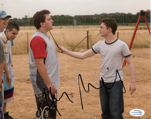 Harry Melling Harry Potter Signed Autograph 8x10 Photo ACOA Dudley Dursley #3 - Outlaw Hobbies Authentic Autographs