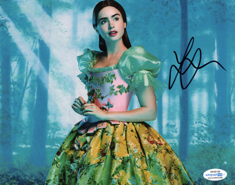 Lily Collins Mirror Mirror Signed Autograph 8x10 Photo ACOA - Outlaw Hobbies Authentic Autographs