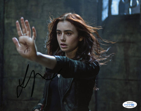 Lily Collins Mortal Instruments Signed Autograph 8x10 Photo ACOA #2 - Outlaw Hobbies Authentic Autographs