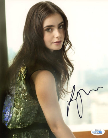 Lily Collins Emily in Paris Signed Autograph 8x10 Photo ACOA #17 - Outlaw Hobbies Authentic Autographs