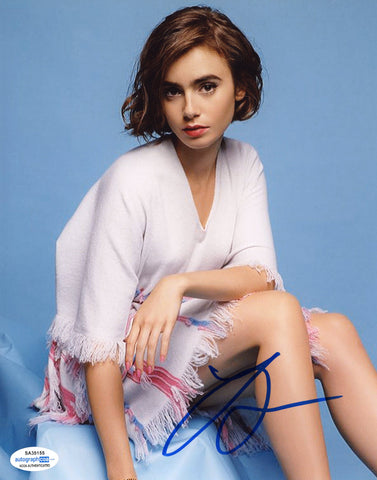 Lily Collins Emily in Paris Signed Autograph 8x10 Photo ACOA #20 - Outlaw Hobbies Authentic Autographs