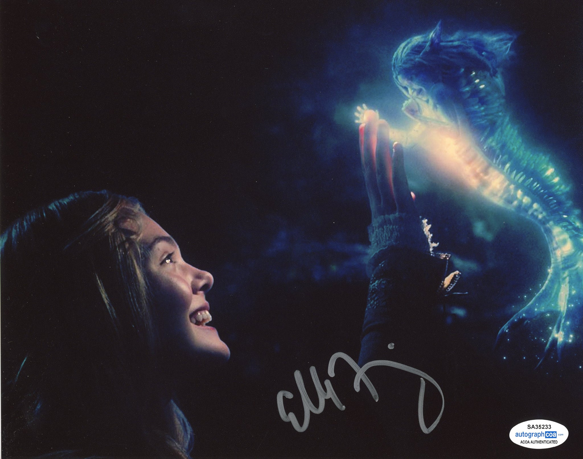Elle Fanning Maleficent Signed Autograph 8x10 Photo ACOA #4 - Outlaw Hobbies Authentic Autographs