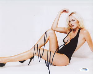 Malin Akerman Sexy Signed Autograph 8x10 Photo ACOA