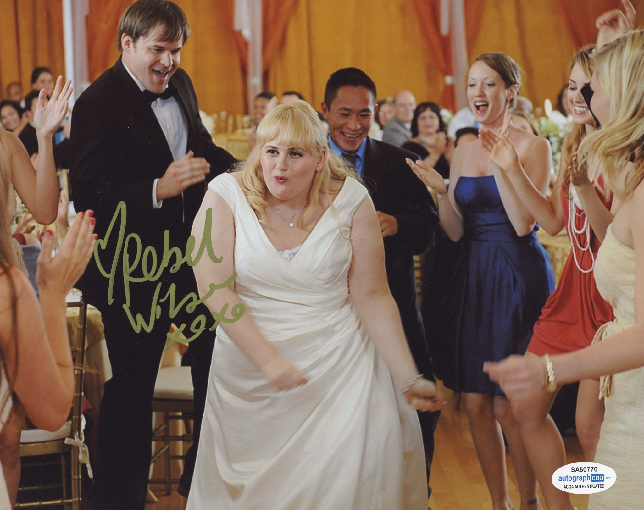 Rebel Wilson Pitch Perfect Signed Autograph 8x10 Photo ACOA