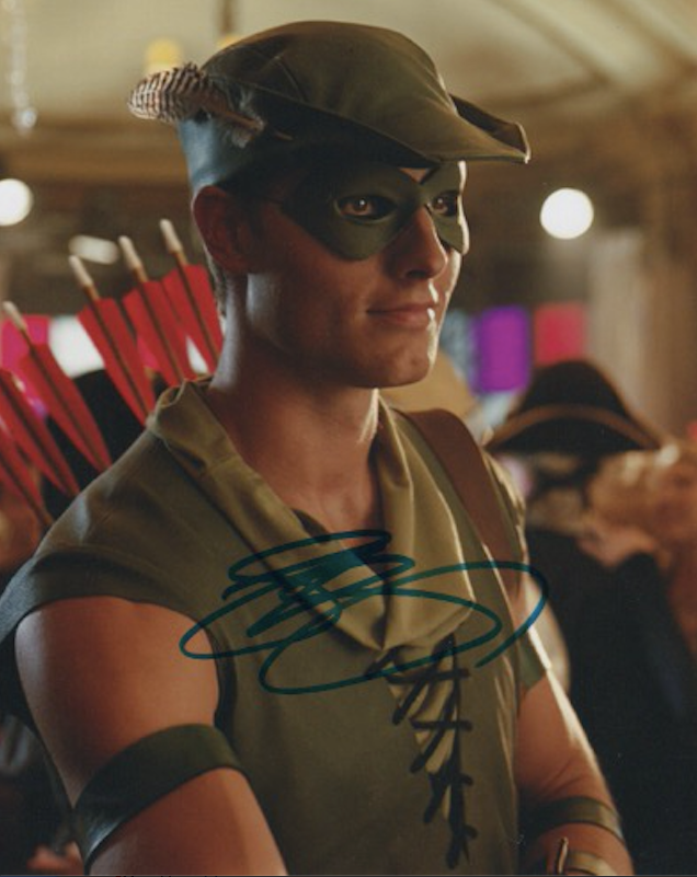 Justin Hartley Smallville Signed Autograph 8x10 Photo #6 - Outlaw Hobbies Authentic Autographs