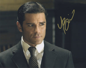 Yannick Bisson Murdoch Mysteries Signed Autograph 8x10 Photo #2 - Outlaw Hobbies Authentic Autographs