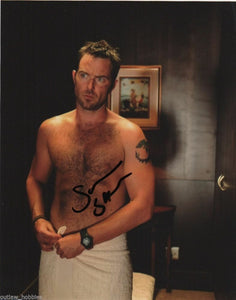 Sullivan Stapleton Strike Back Signed Autograph 8x10 Photo #5 - Outlaw Hobbies Authentic Autographs