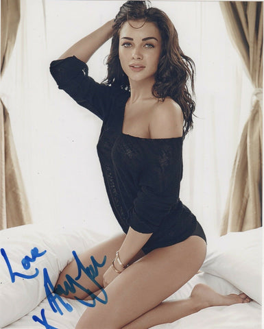 Amy Jackson Supergirl Signed Autograph 8x10 Photo #11 - Outlaw Hobbies Authentic Autographs