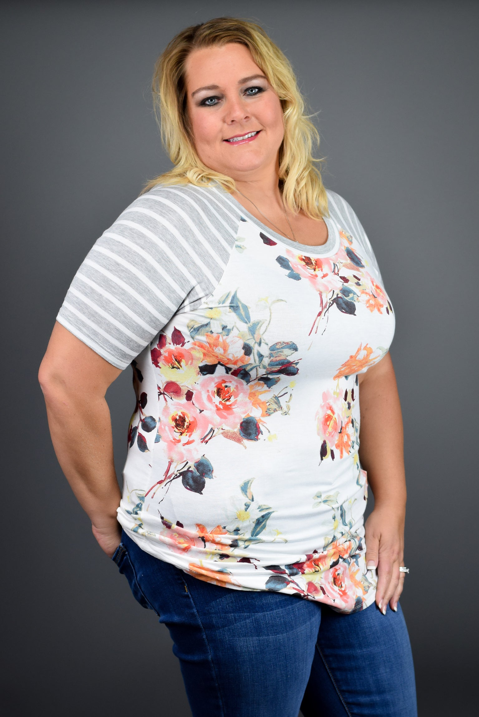 Mixing Things Up Floral Tee Ivory- Curvy
