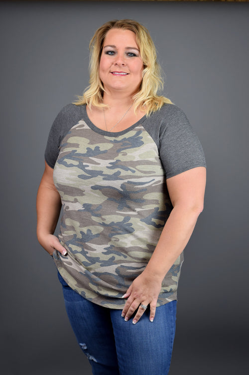 Unpredictable Moves Camo Tee - Curvy