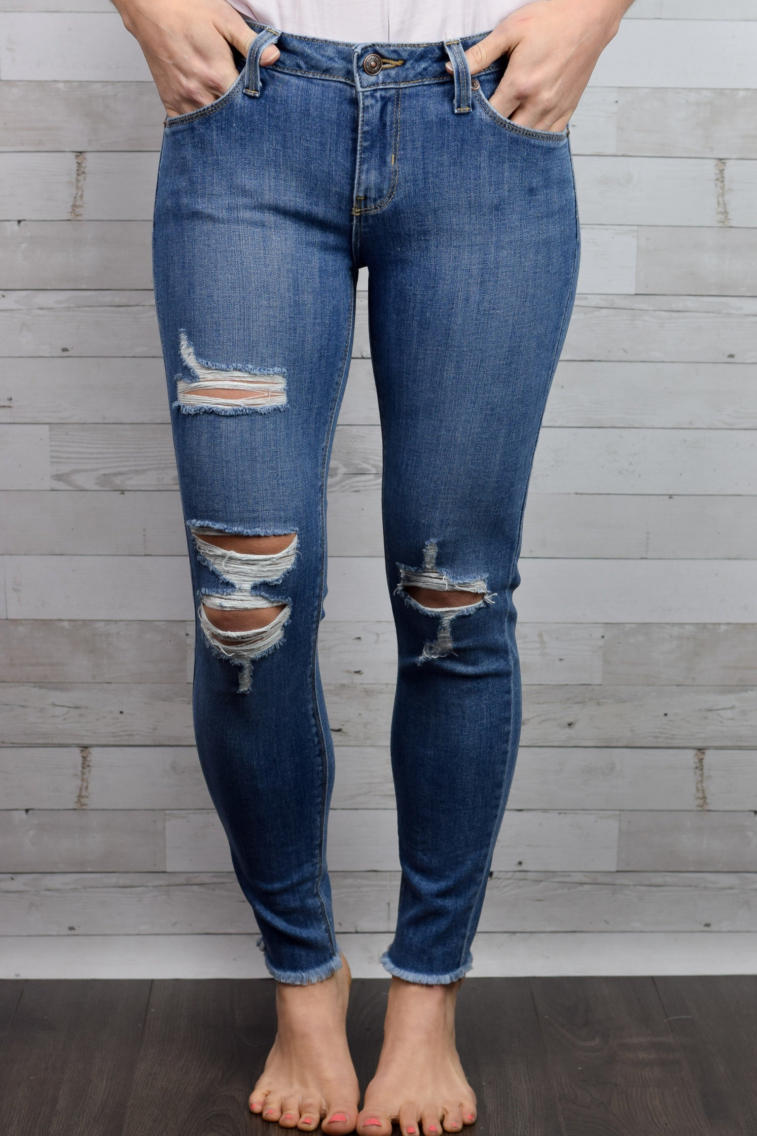No Doubt Frayed Ankle Skinny Jeans