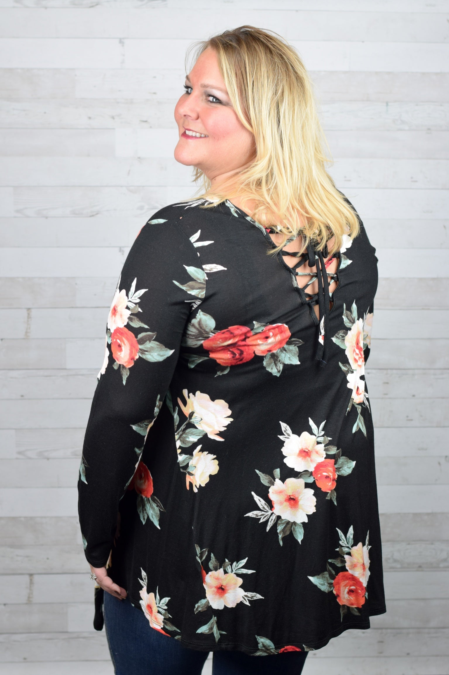 Don't Turn Away Floral Top - Plus