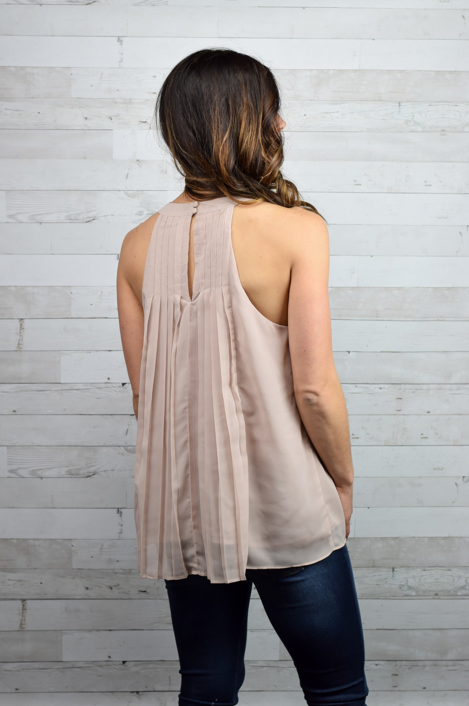 Look To The Sky Blush Pleated Tank