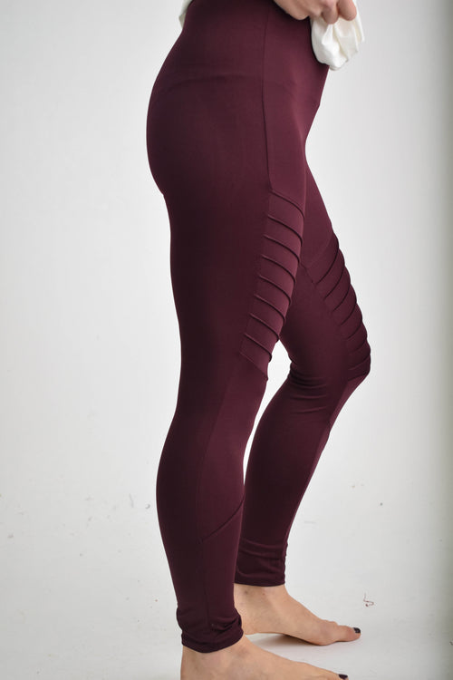 Famous Name Dropper Moto Leggings - Burgundy