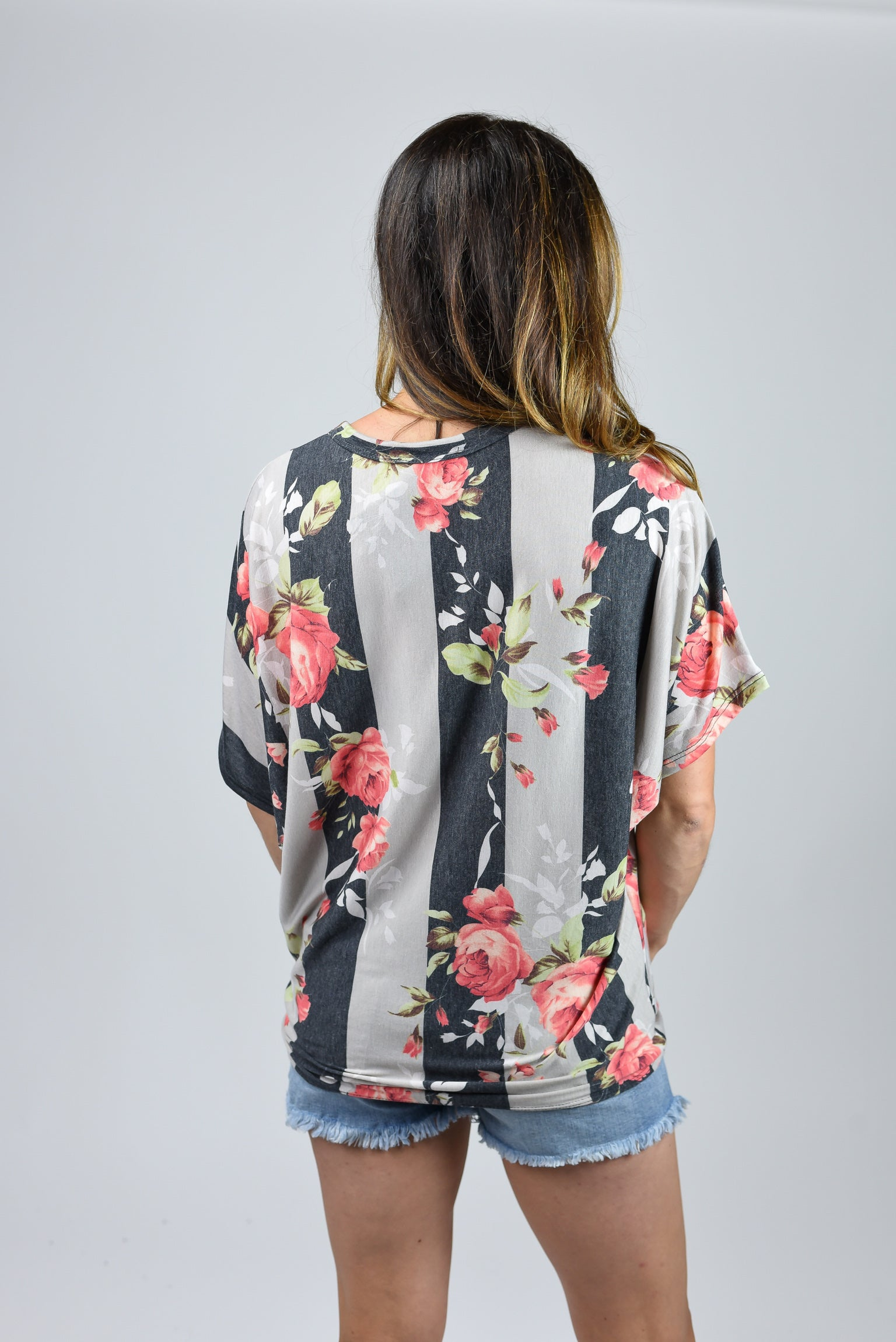 Reach Out Floral Front Tie Tee