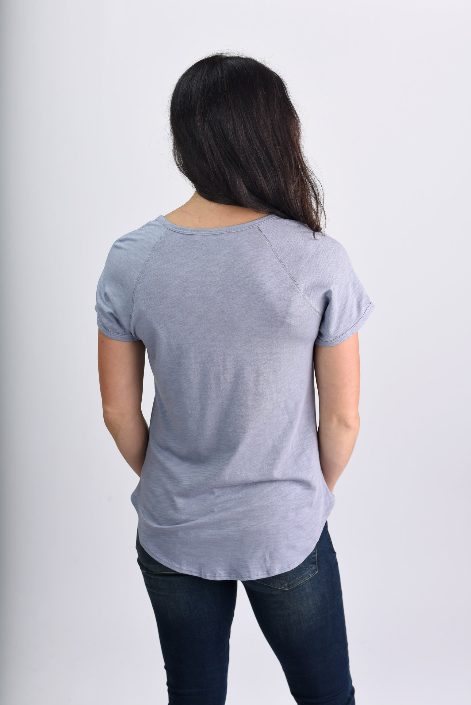 Attention Seeker Basic Scoop Neck Tee-Midnight