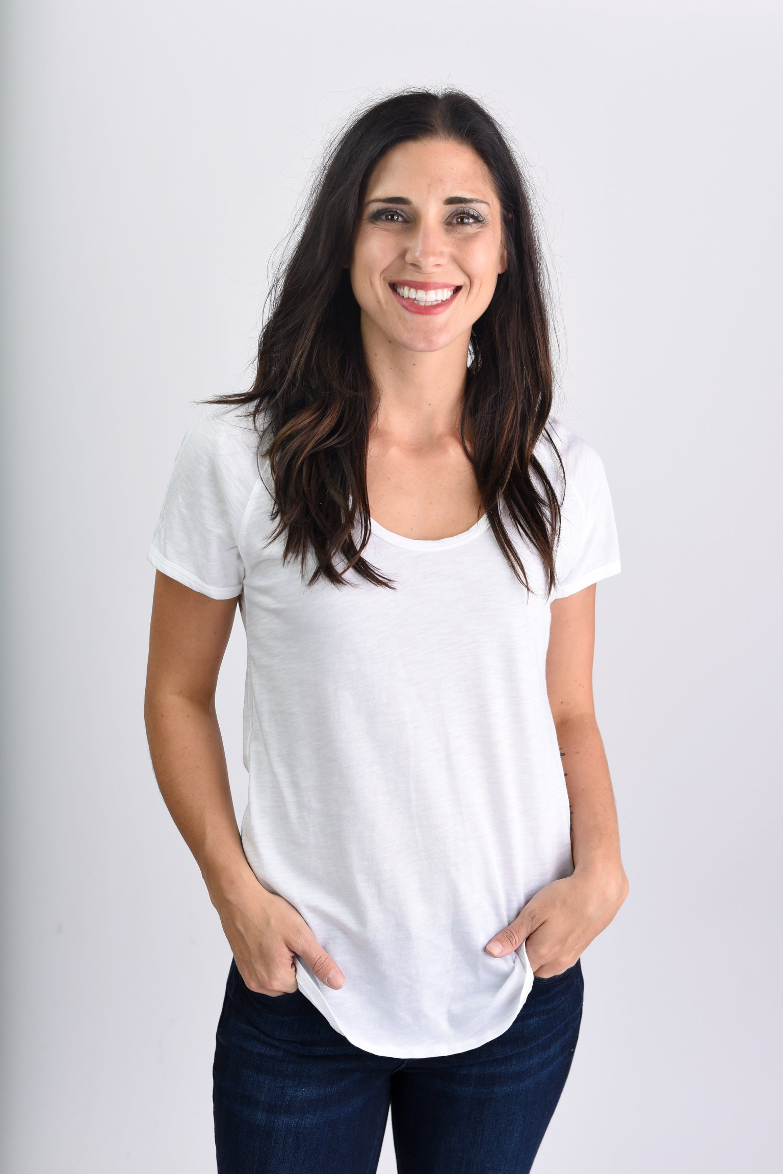 Attention Seeker Basic Scoop Neck Tee-Ivory