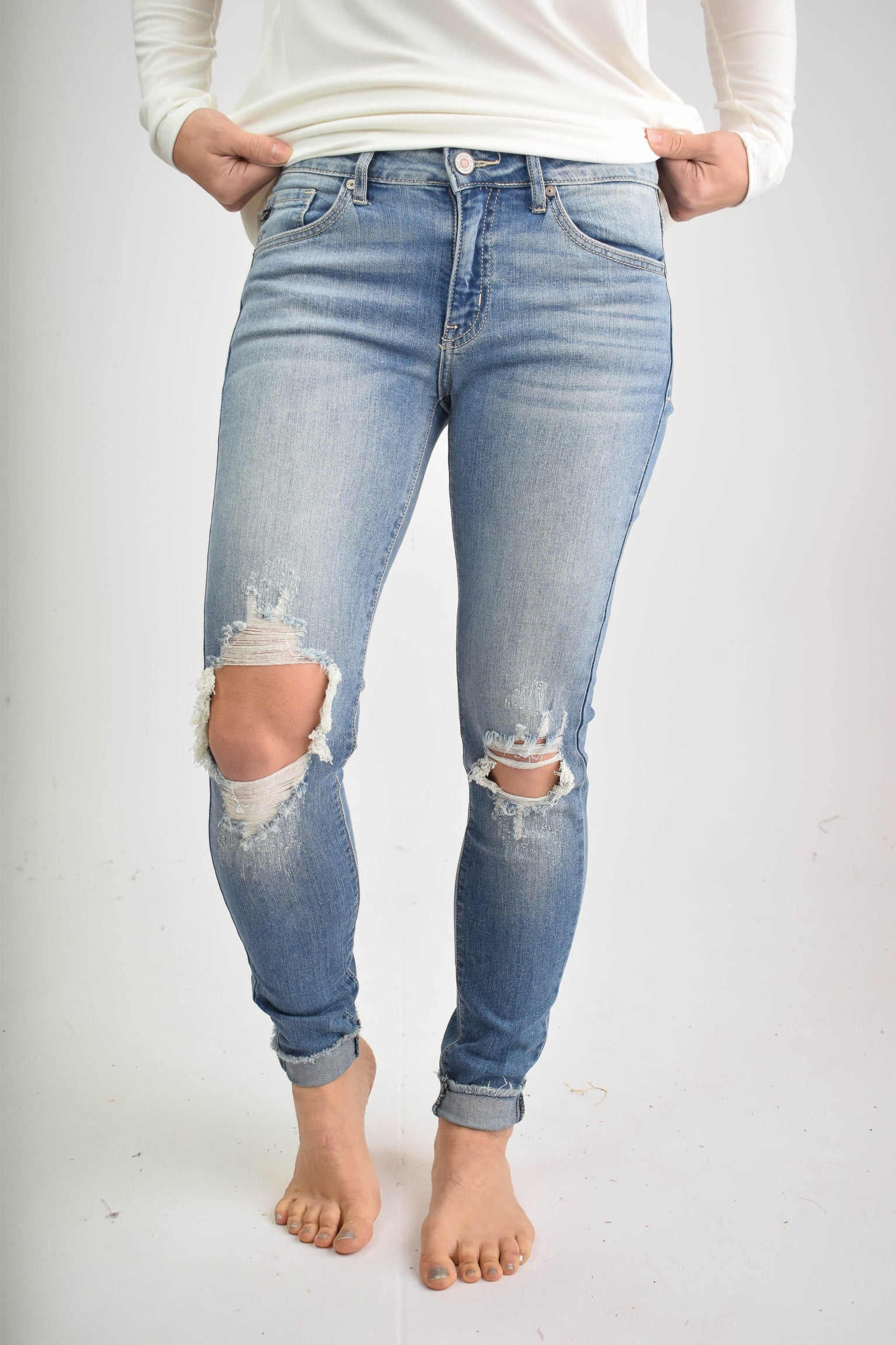 Behind the Scenes Open Knee Distressed Skinny Jeans