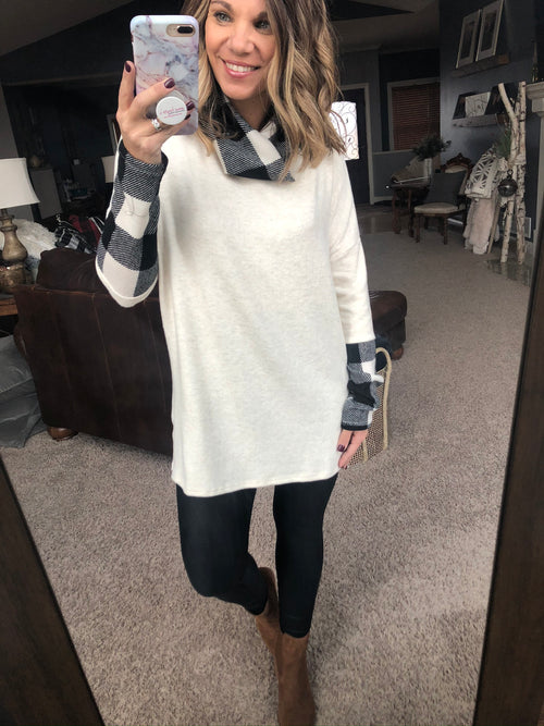 Staying In Tonight Cream Brushed Fleece Cowl Neck w. Cream/Black Plaid Details