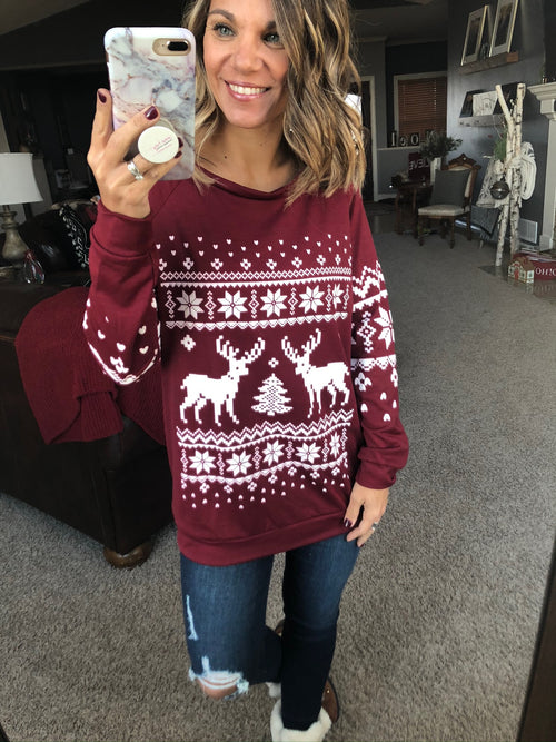 Give Blessings Holiday Pattern Crew Neck Top - Wine