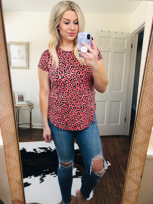 Into The Wild Coral Leopard Tee
