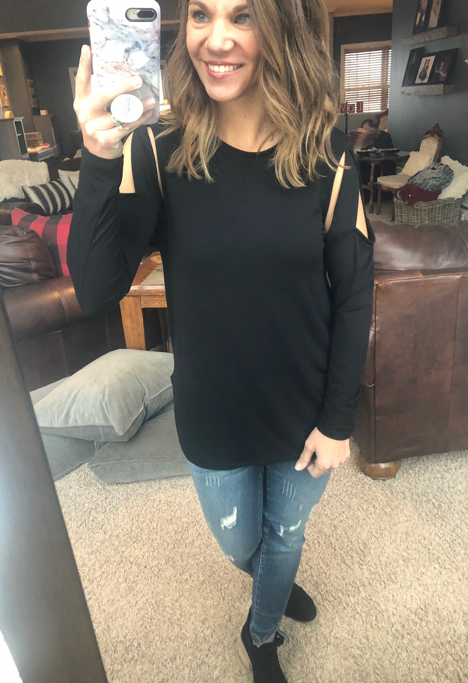 Need You On My Arm Cutout Shoulder Long Sleeve - Black