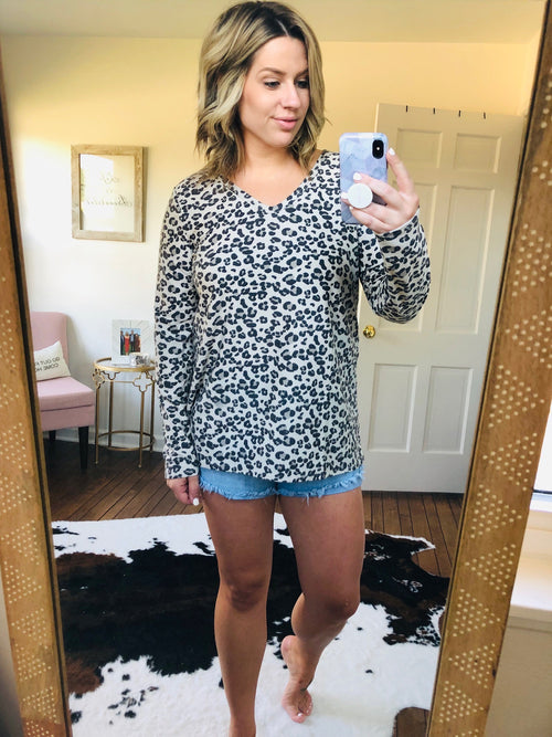 What It Takes Taupe and Grey Cheetah V-Neck Sweater