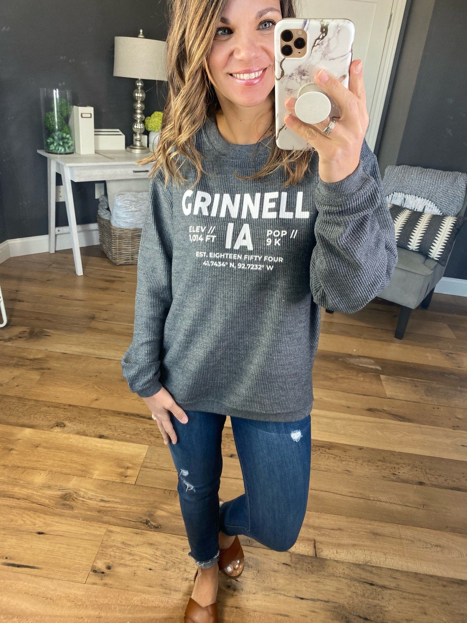 Grinnell, Iowa Charcoal Ribbed Crew Sweatshirt