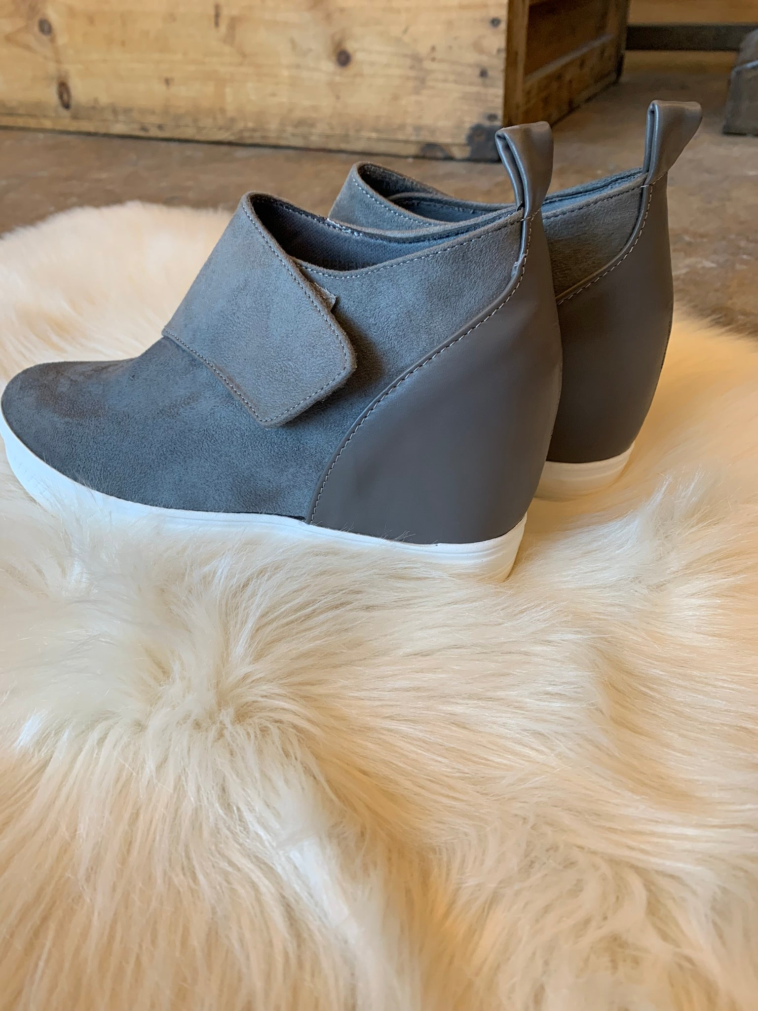 New Fly Kicks Grey Wrap Wedge Sneaker