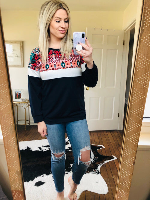 No Trouble Colorblock Sweatshirt with Print Top
