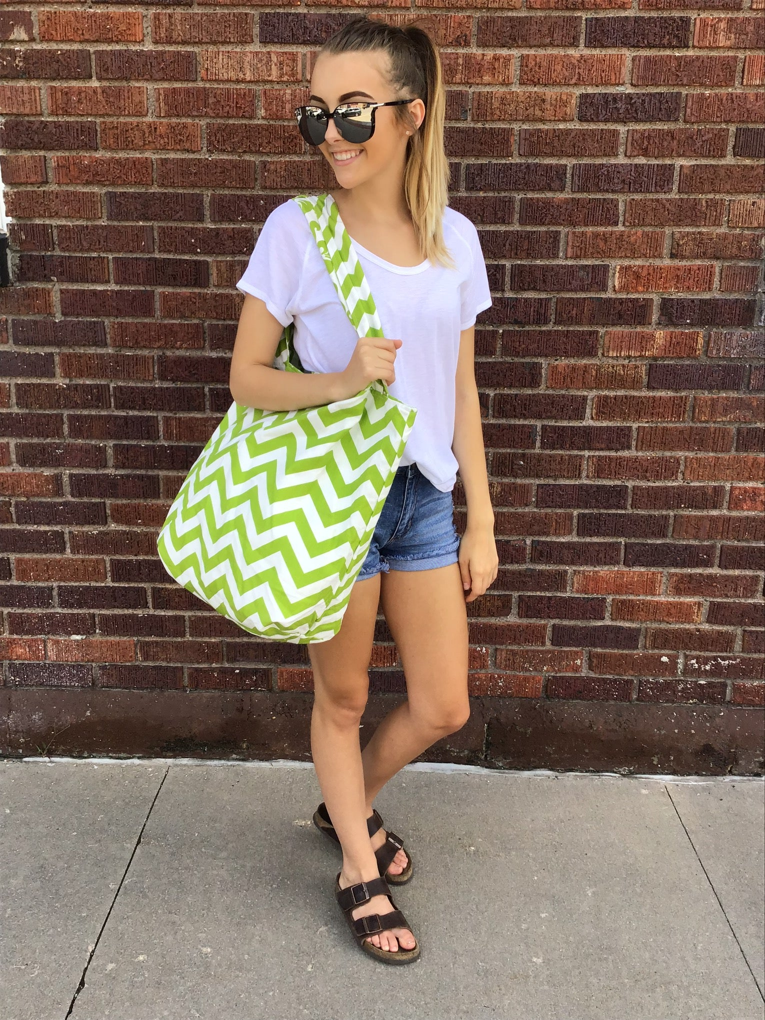 Green Thumb Printed Reversible Shoulder Bag