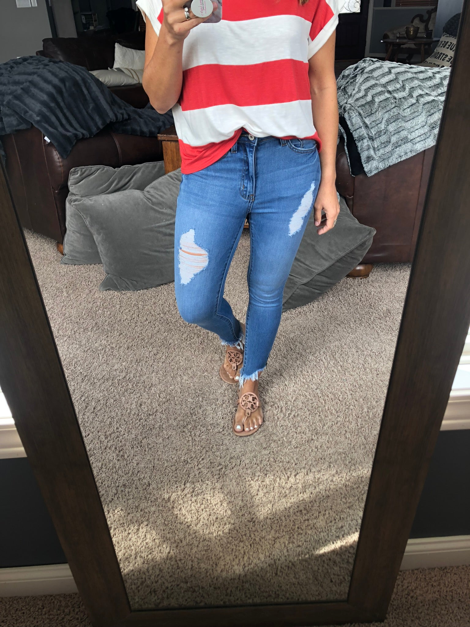 That's Karma Distressed Zipper Ankle Skinny Jeans