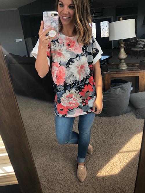 Walks At Sunset Waffle Floral Tee- Coral, Black, White