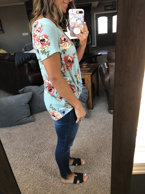 Beautiful Day Mint Floral Top
