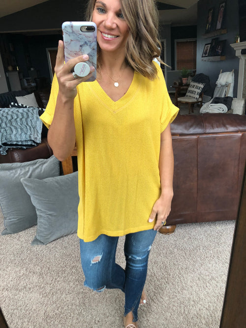 Express Lane Mini Ribbed V Neck Tee - Yellow