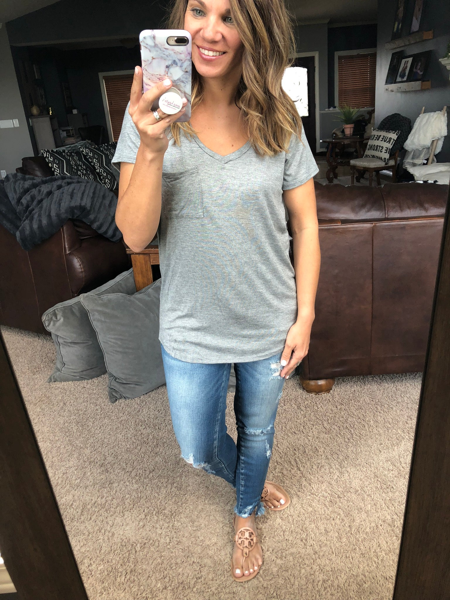 Simply the Best Basic V-Neck Pocket Tee - Grey