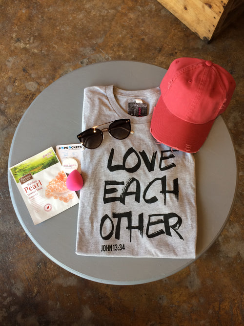Graphic Tee Spring Bundle - Love Each Other Graphic Tee